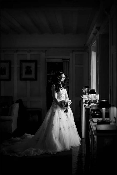 Qualified Dorset wedding photographer with 'the Guild of photographers'